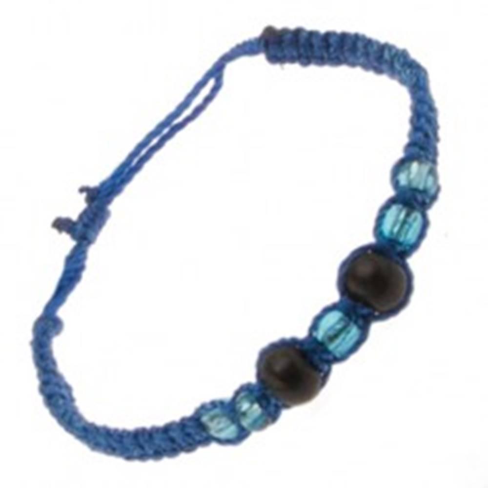 Šperky eshop Náramok z tmavomodrých šnúrok, drevené guličky a korálky