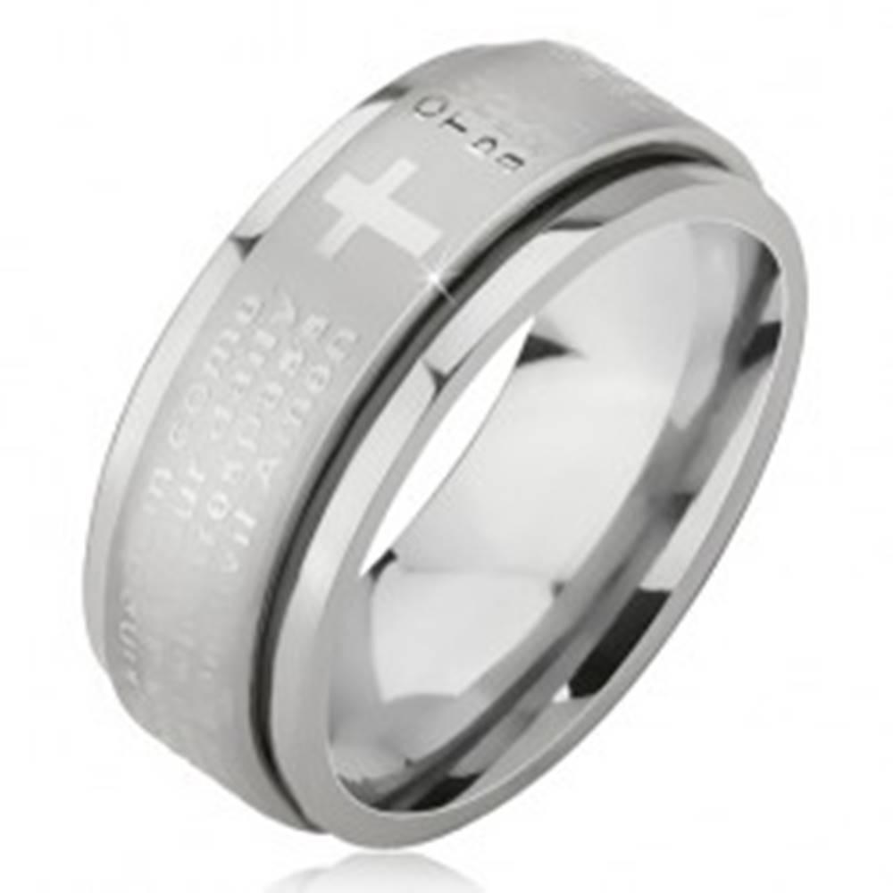 Šperky eshop Prsteň z chirurgickej ocele - strieborná farba, vystúpený pás s modlitbou Otčenáš - Veľkosť: 51 mm