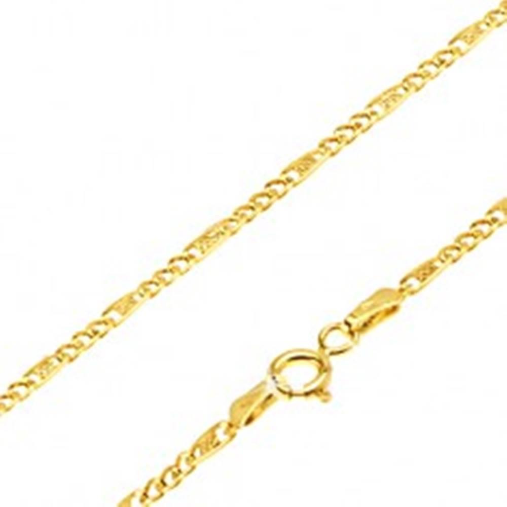 Šperky eshop Zlatá retiazka 585 - tri malé očká, podlhovastý článok s mriežkou, 550 mm