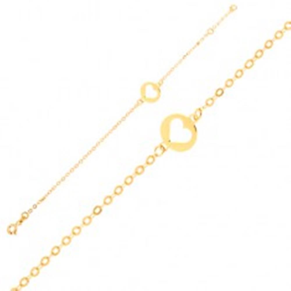 Šperky eshop Zlatý náramok 375 - ligotavá retiazka s okrúhlou známkou s výrezom srdca