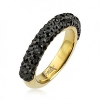 Oceľový prsteň zlatej farby zdobený čiernymi zirkónmi - Veľkosť: 49 mm