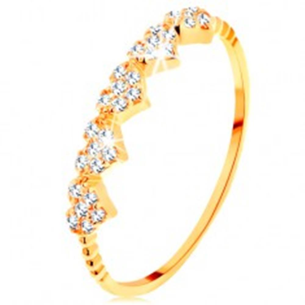 Šperky eshop Prsteň v žltom 14K zlate - malé ligotavé srdiečka, guličky na ramenách - Veľkosť: 49 mm