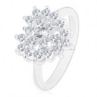 Ligotavý prsteň striebornej farby, číre zirkónové srdce, lesklé ramená - Veľkosť: 50 mm
