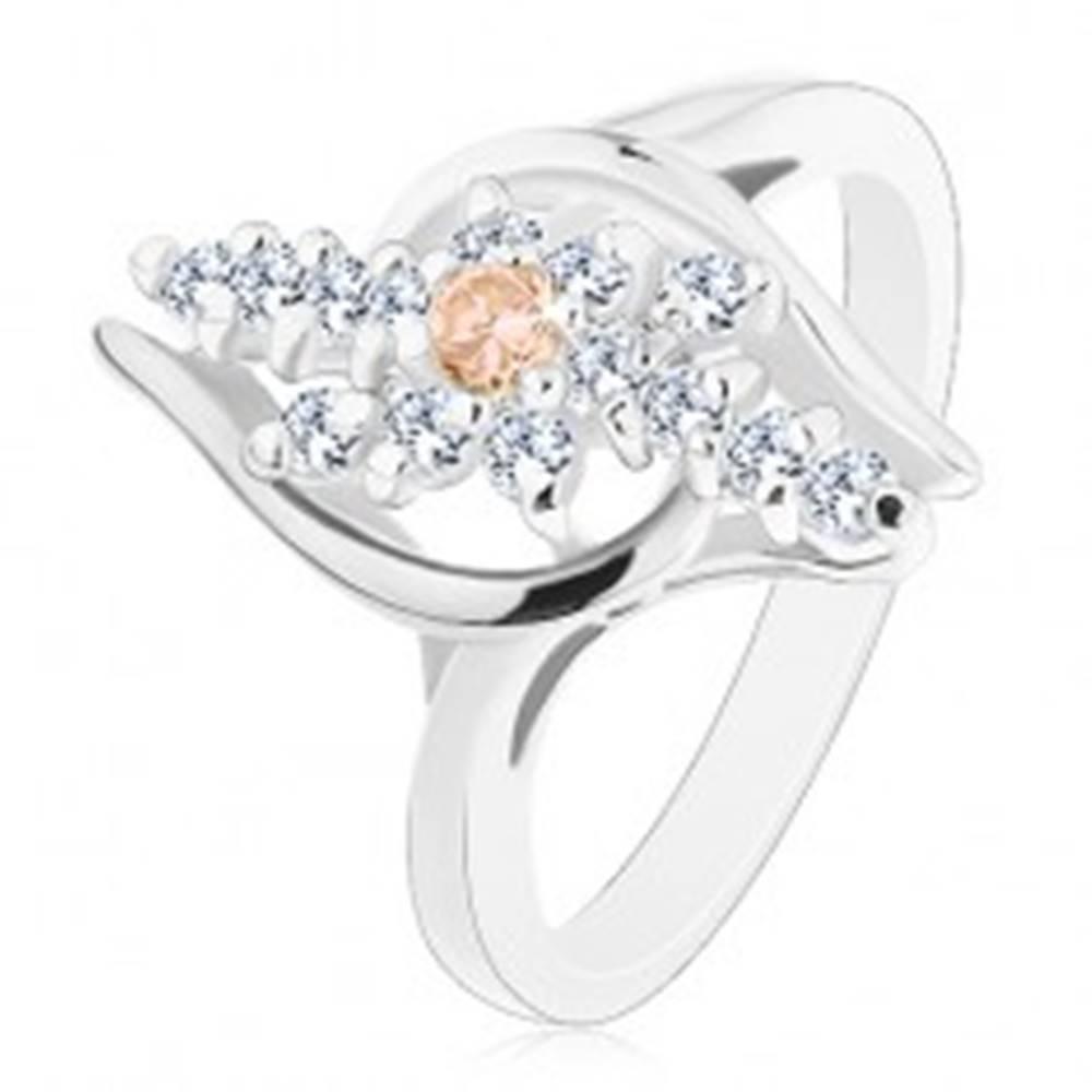 Šperky eshop Prsteň s lesklými ramenami, číre zirkónové línie, oranžový zirkónik v strede - Veľkosť: 48 mm