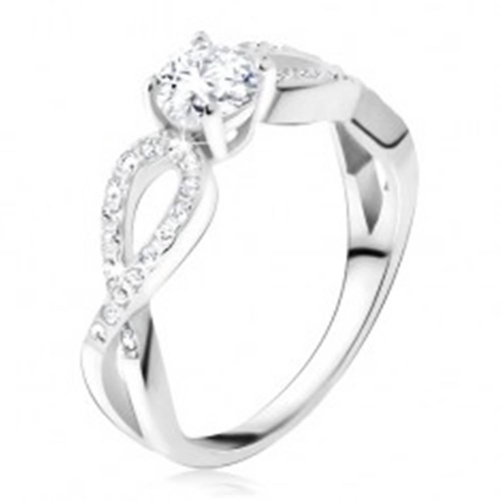 Šperky eshop Prsteň s čírym okrúhlym kameňom, zirkónové slučky, striebro 925 - Veľkosť: 48 mm