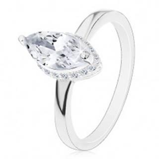 Strieborný prsteň 925, zrnkový zirkón čírej farby v dekoratívnom kotlíku - Veľkosť: 50 mm