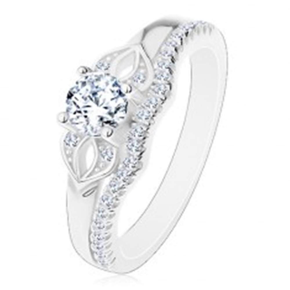 Šperky eshop Ligotavý prsteň zo striebra 925, číra mašlička zo zirkónov a trblietavá línia - Veľkosť: 50 mm