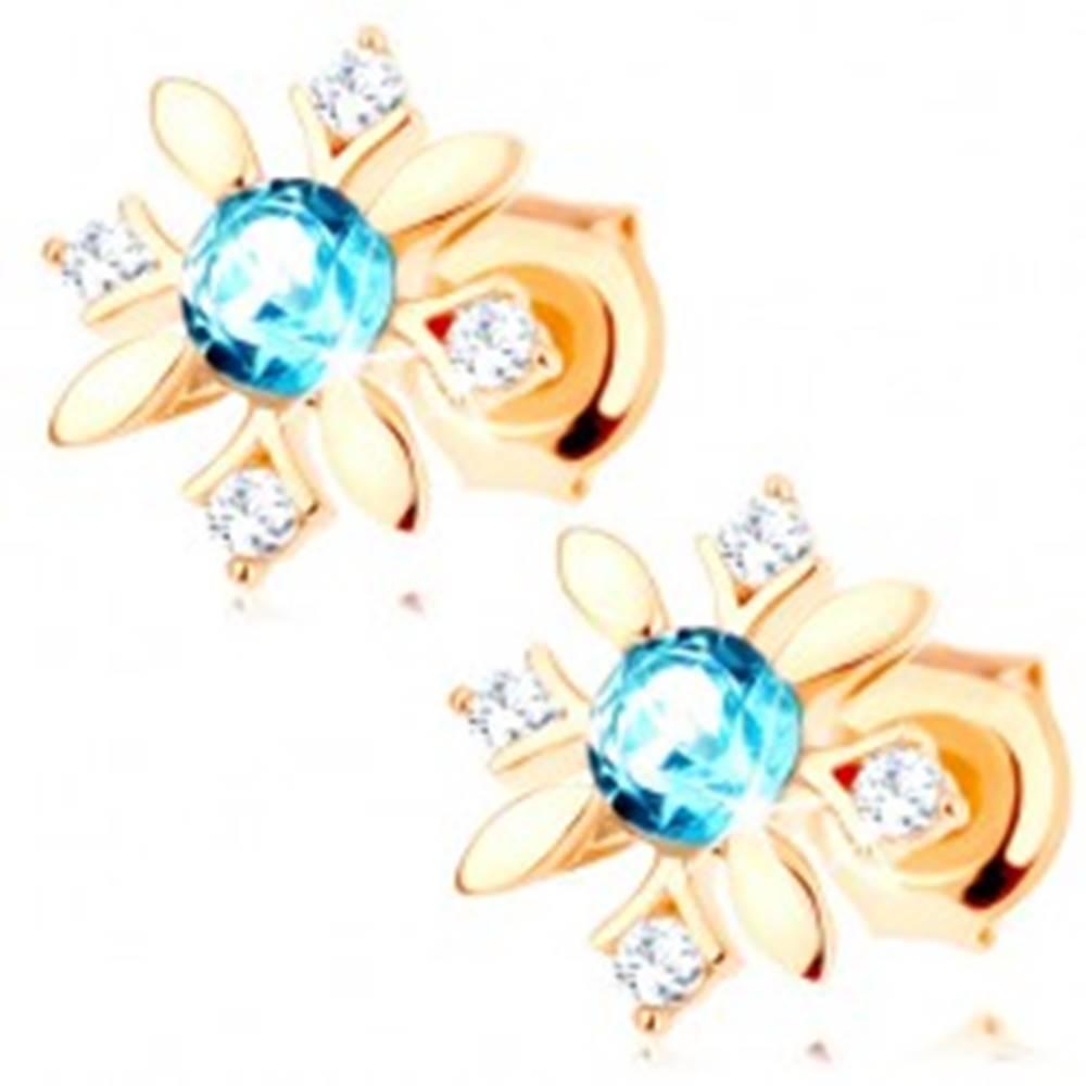 Šperky eshop Puzetové náušnice zo žltého 9K zlata - kvietok zo zirkónov a modrého topásu