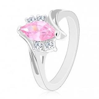 Ligotavý prsteň so zárezom na ramenách, zirkóny v ružovej a čírej farbe - Veľkosť: 49 mm