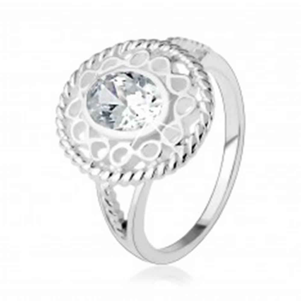 """Šperky eshop Strieborný prsteň 925, širšia kontúra zo symbolov """"infinity"""", oválny číry zirkón - Veľkosť: 48 mm"""