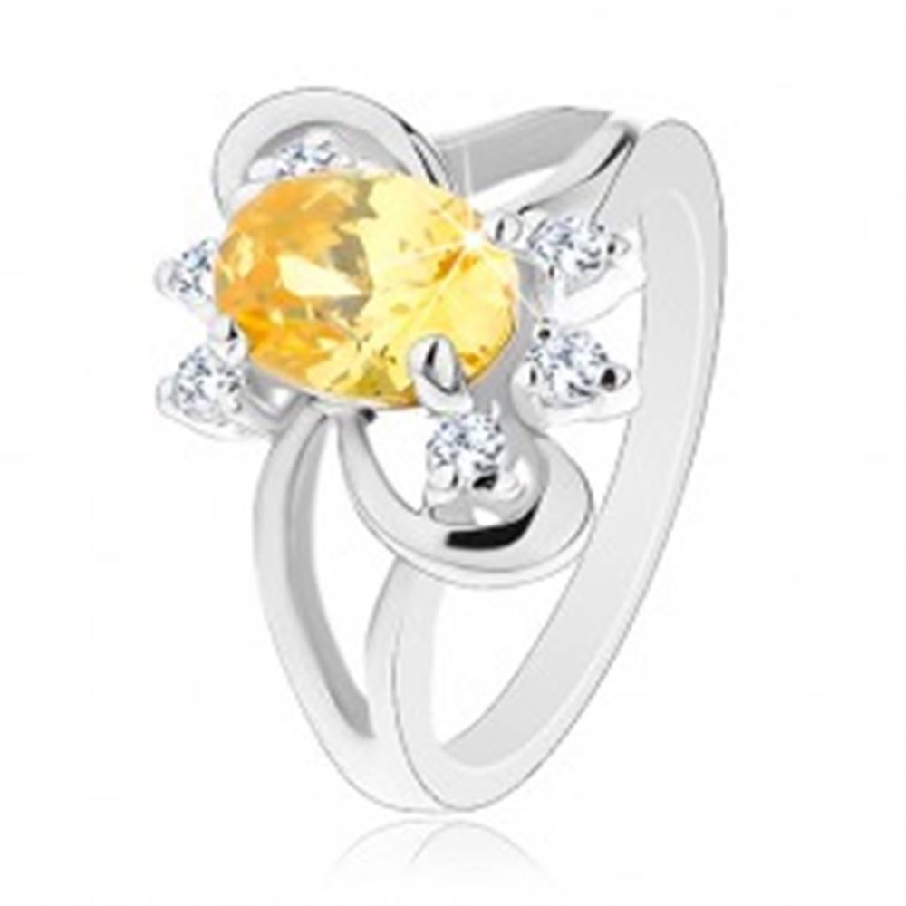 Šperky eshop Trblietavý prsteň s rozdelenými ramenami, žlto-číre zirkóny, lesklé oblúky - Veľkosť: 50 mm