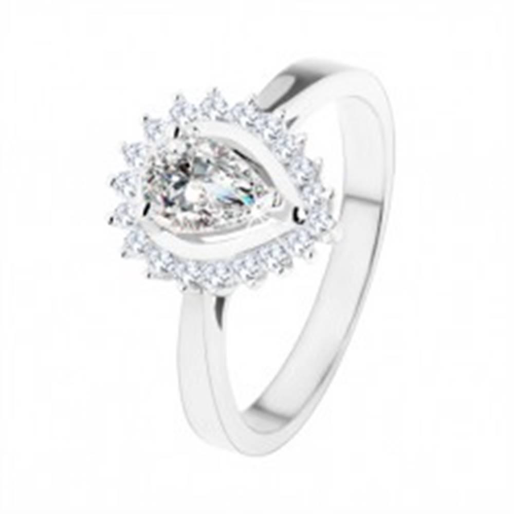 Šperky eshop Zásnubný prsteň zo striebra 925, ligotavá kvapka z čírych zirkónov - Veľkosť: 49 mm