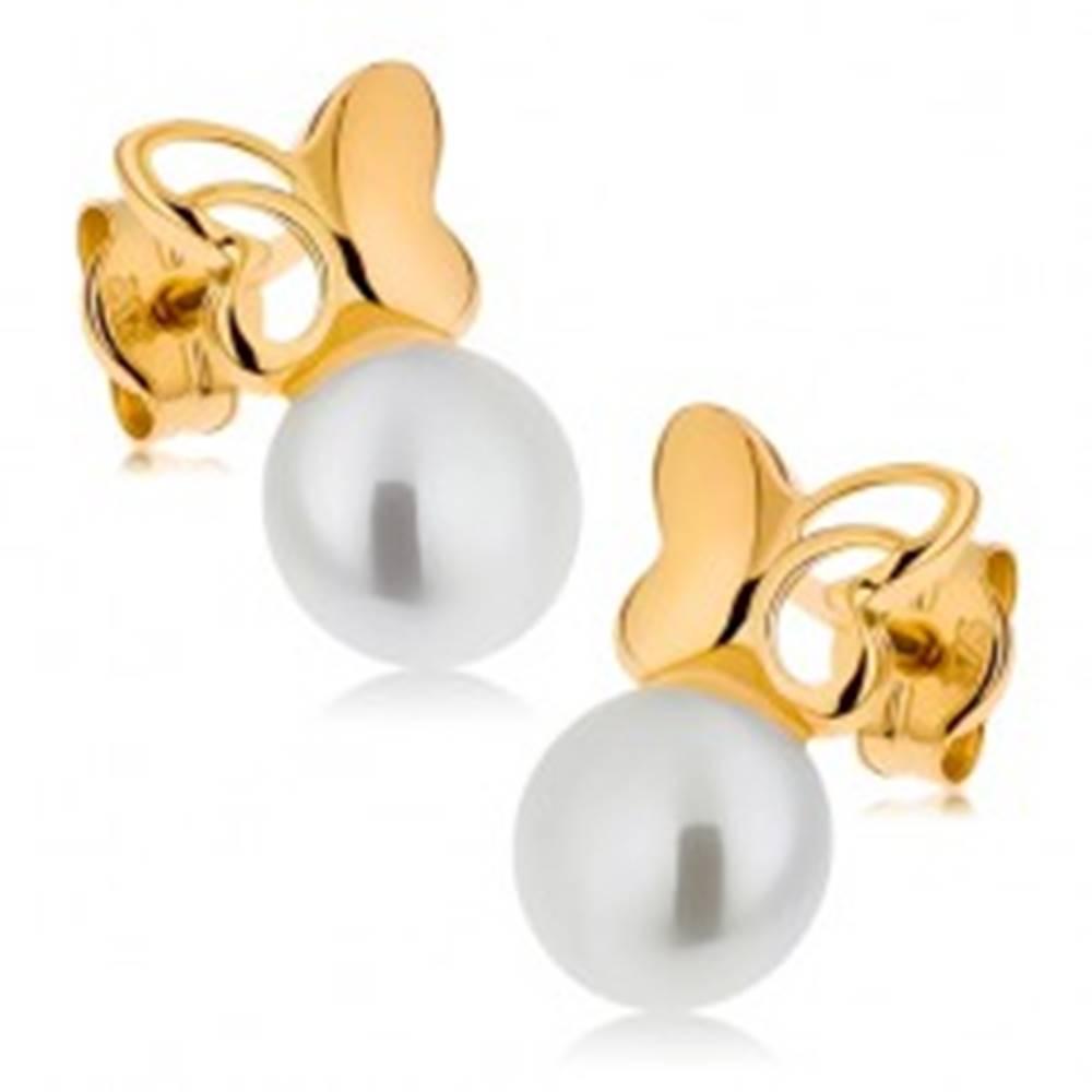 Šperky eshop Zlaté náušnice 375 - malý motýlik s vyrezávaným krídlom, biela perla