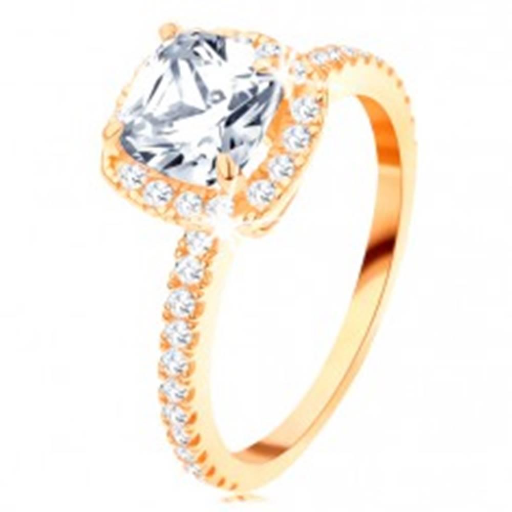 Šperky eshop Zlatý prsteň 585 - ligotavý okrúhly zirkón v ozdobnom kotlíku, trblietavé línie - Veľkosť: 49 mm