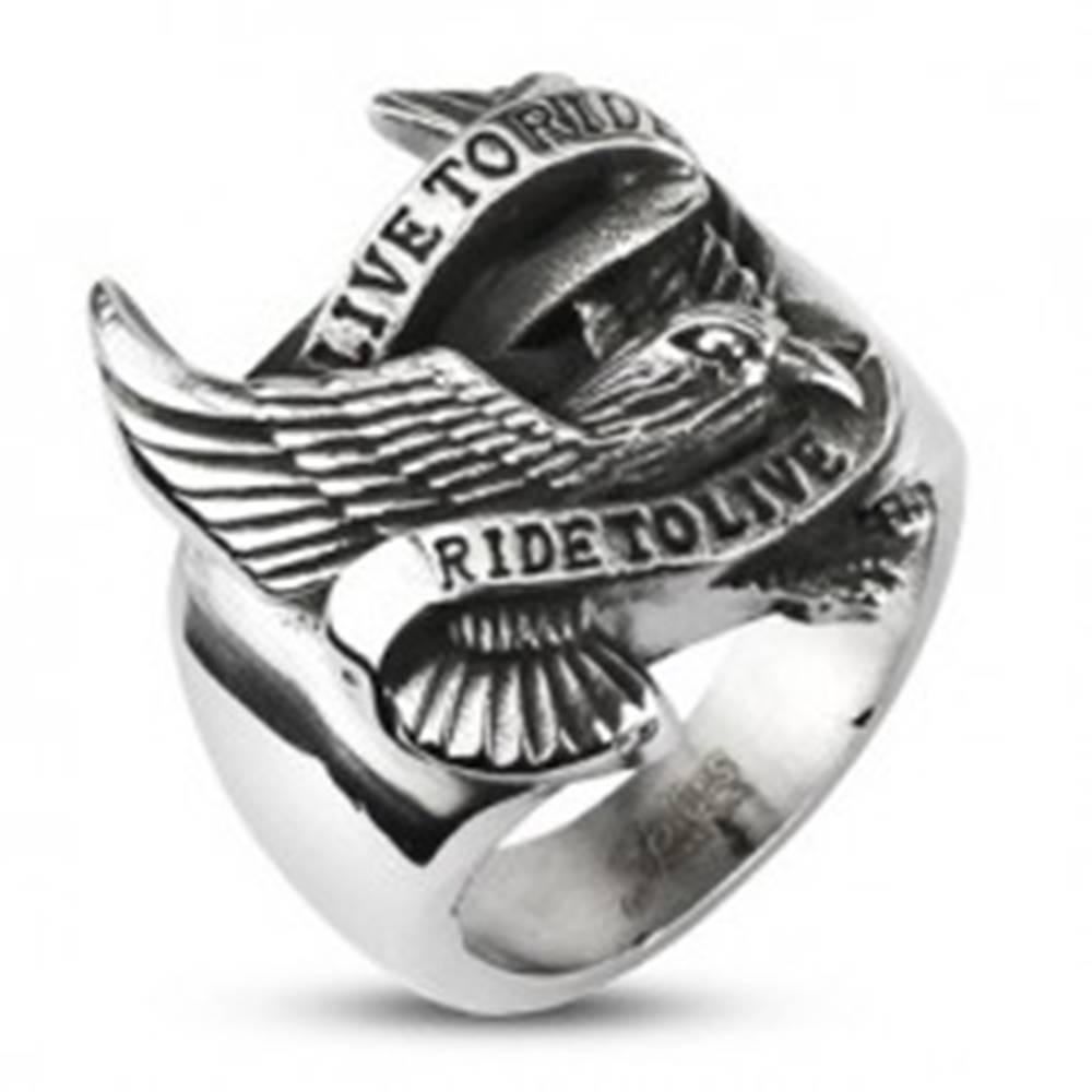 Šperky eshop Prsteň z ocele s motívom orla a nápisom - Veľkosť: 59 mm