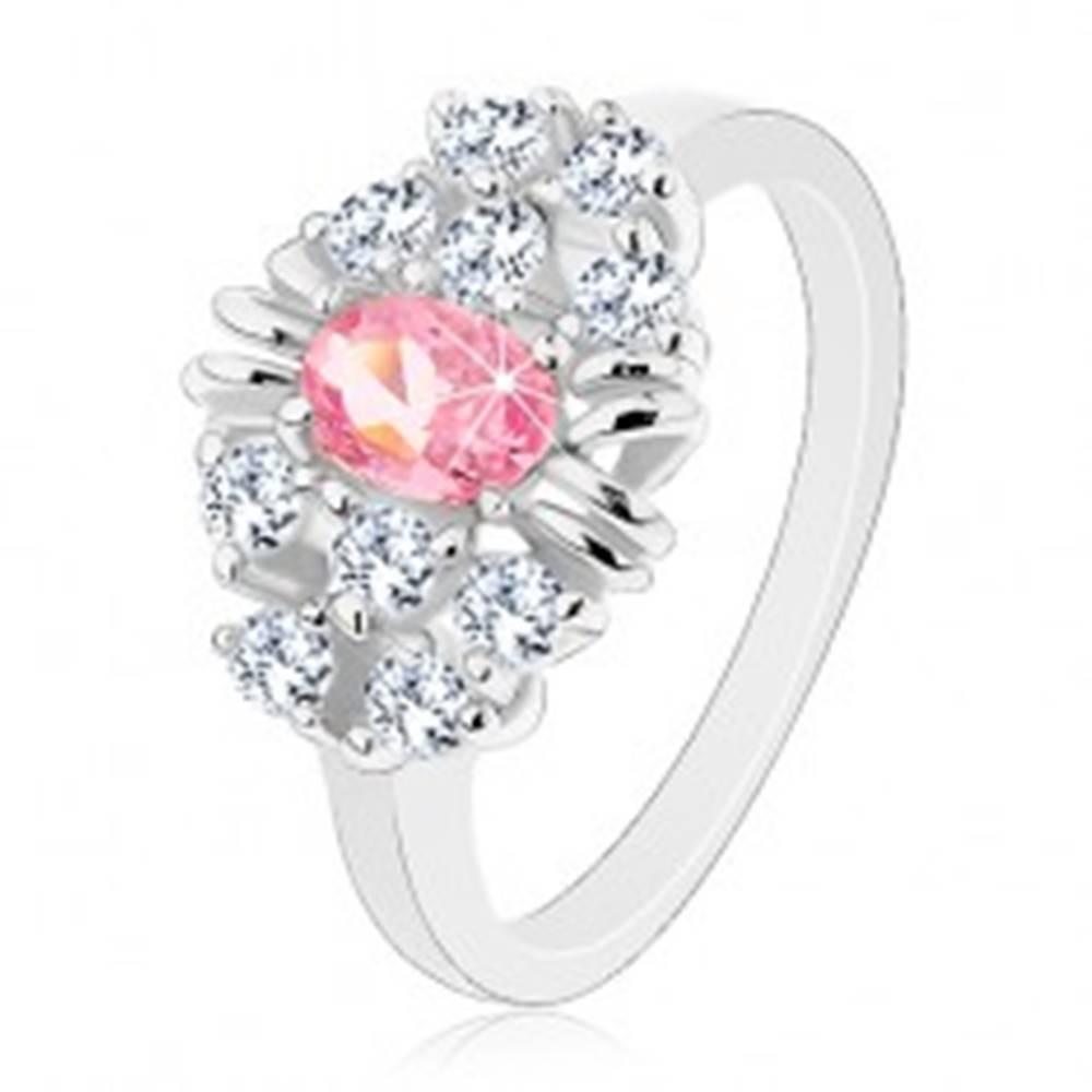 Šperky eshop Prsteň s lesklými hladkými ramenami, brúsený ružový ovál, číre zirkóniky - Veľkosť: 54 mm