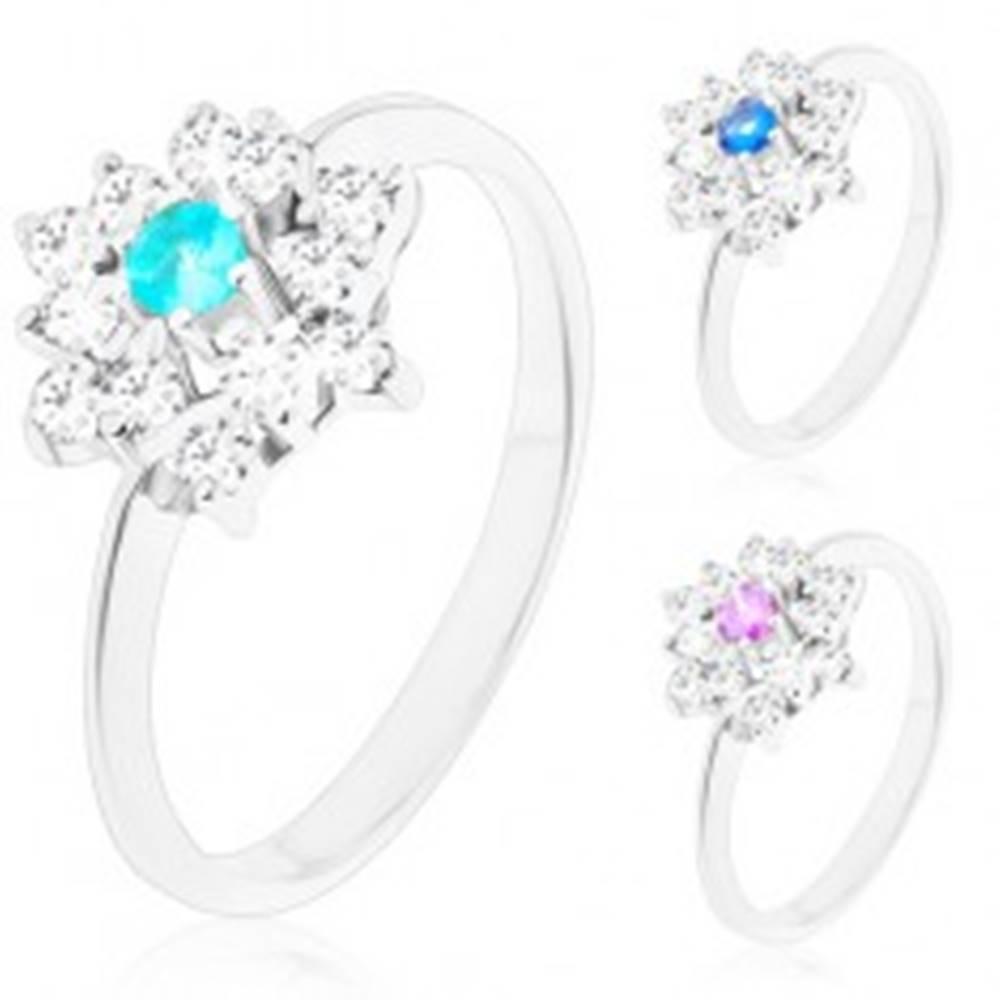 Šperky eshop Prsteň striebornej farby, žiarivý zirkónový kvet s farebným stredom - Veľkosť: 54 mm, Farba: Modrá tmavá