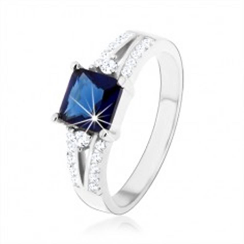 Šperky eshop Zásnubný prsteň, striebro 925, modrý zirkónový štvorec, zdobené ramená - Veľkosť: 47 mm