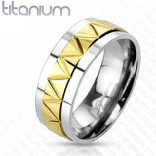 Titánová obrúčka s cik-cak vzorom zlatej farby - Veľkosť: 60 mm