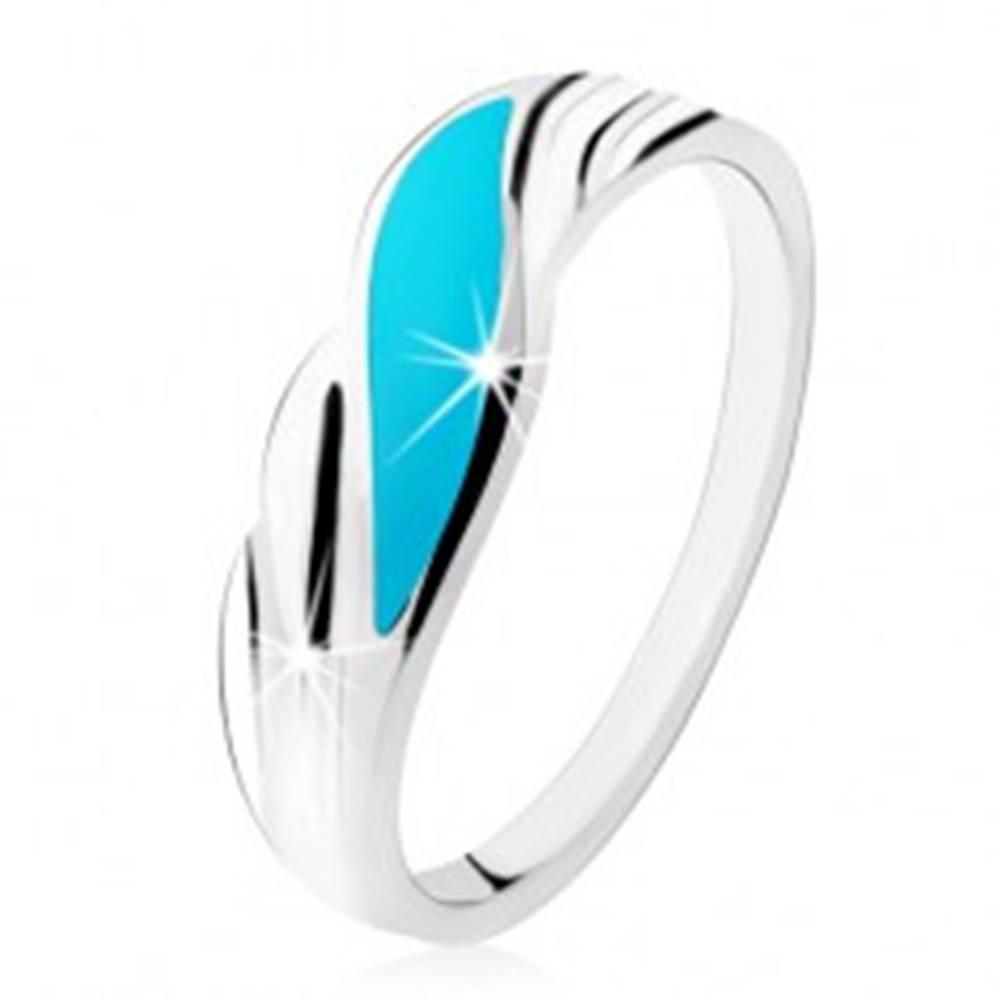 Šperky eshop Prsteň zo striebra 925, tyrkysová vlnka, lesklé zvlnené línie po stranách - Veľkosť: 49 mm