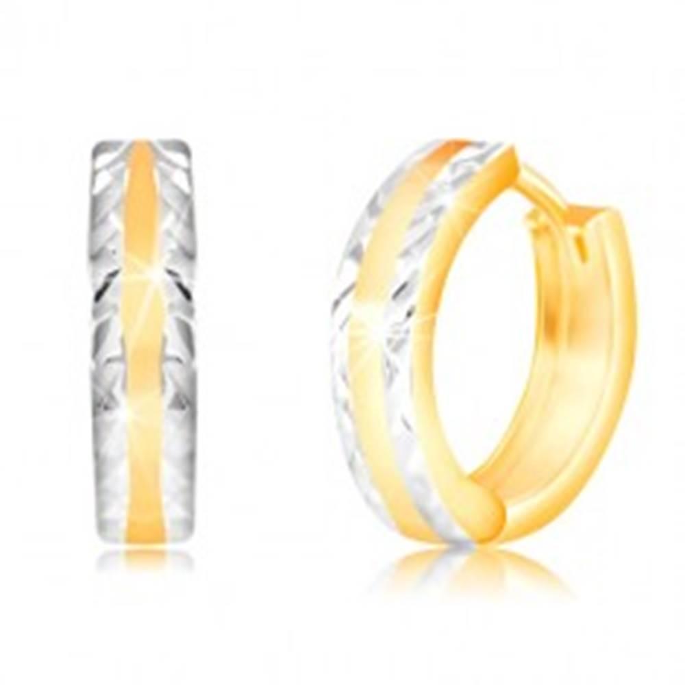 Šperky eshop Náušnice v 14K zlate - lesklý krúžok s brúsenými okrajmi z bieleho zlata