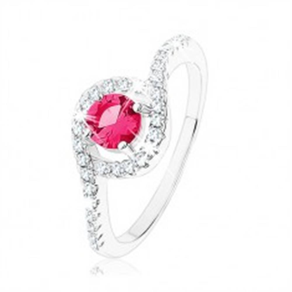 Šperky eshop Strieborný prsteň 925, okrúhlý červený zirkón so zvlneným čírym lemom - Veľkosť: 49 mm
