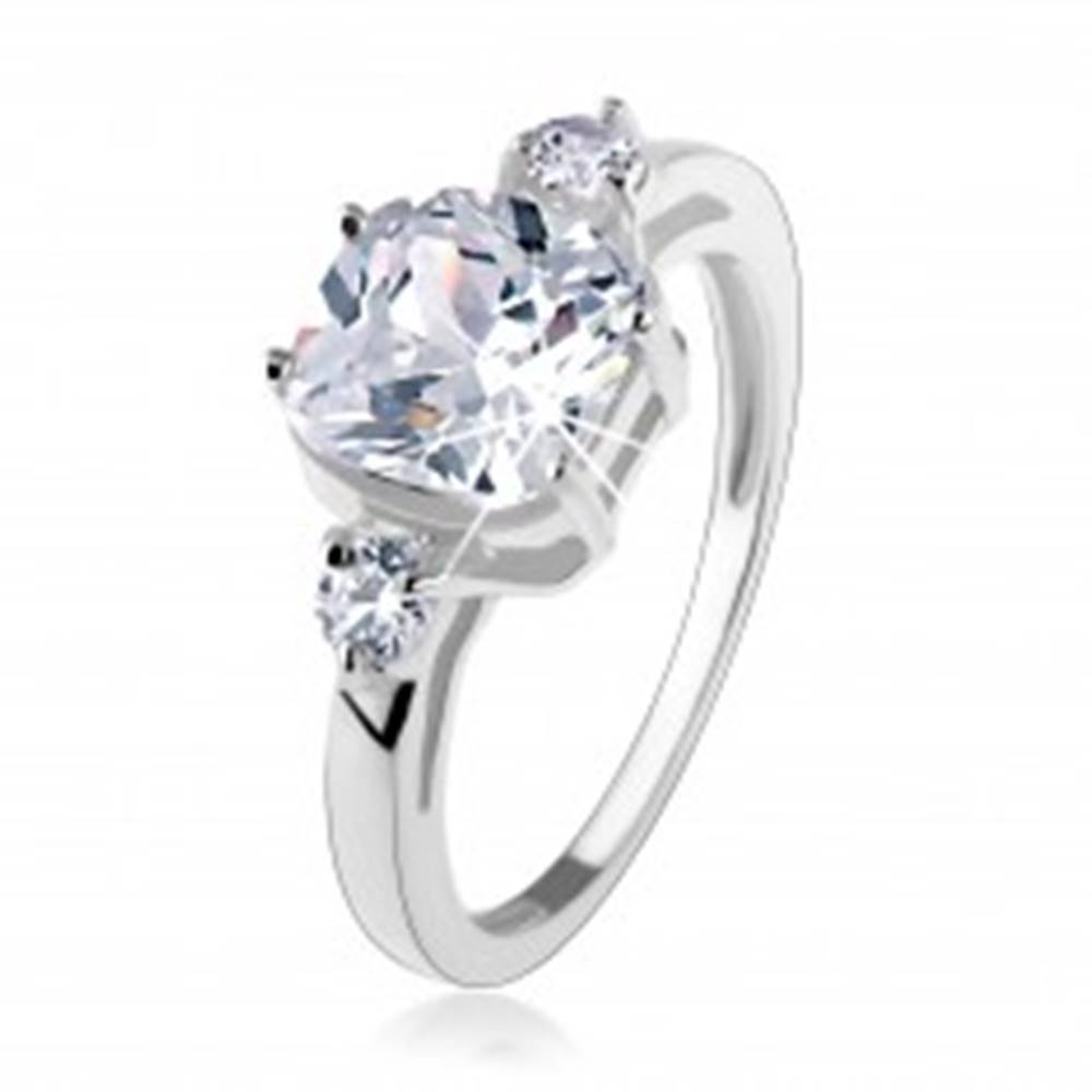 Šperky eshop Zásnubný prsteň, striebro 925, veľký štvorcový zirkón, okrúhle zirkóniky po stranách - Veľkosť: 49 mm