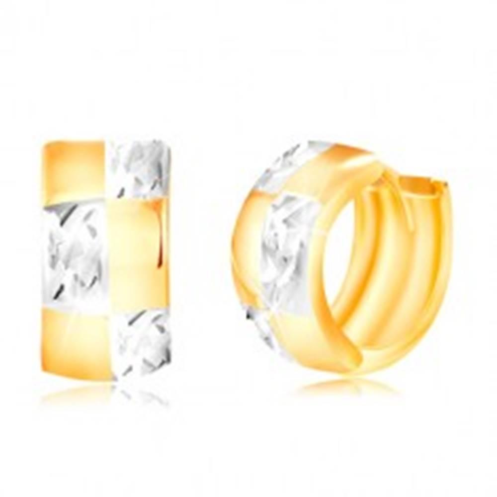 Šperky eshop Zlaté kĺbové náušnice 585 - dvojfarebný krúžok so vzorom šachovnice