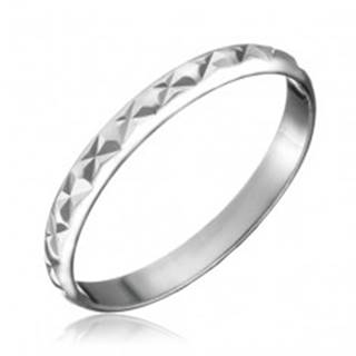 Strieborný prsteň 925 - lesklý povrch, zárezy v tvare X - Veľkosť: 50 mm