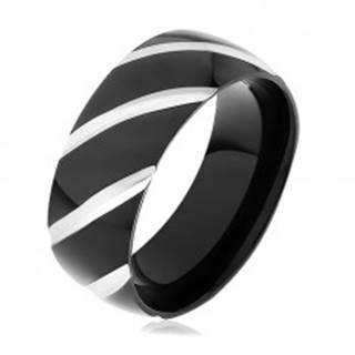 Čierna oceľová obrúčka, lesklý povrch zdobený šikmými zárezmi - Veľkosť: 57 mm