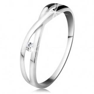 Prsteň v bielom zlate 585 - okrúhly diamant čírej farby, rozdelené prekrížené ramená - Veľkosť: 48 mm