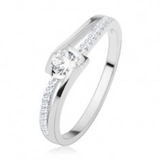 Zásnubný prsteň zo striebra 925, rozdelené zvlnené ramená, číre zirkóny - Veľkosť: 49 mm