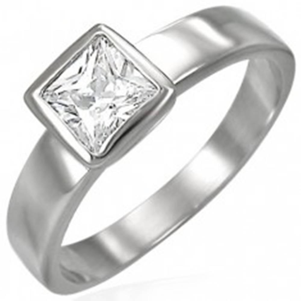 Šperky eshop Oceľový prsteň striebornej farby, číry štvorcový zirkón v objímke - Veľkosť: 48 mm