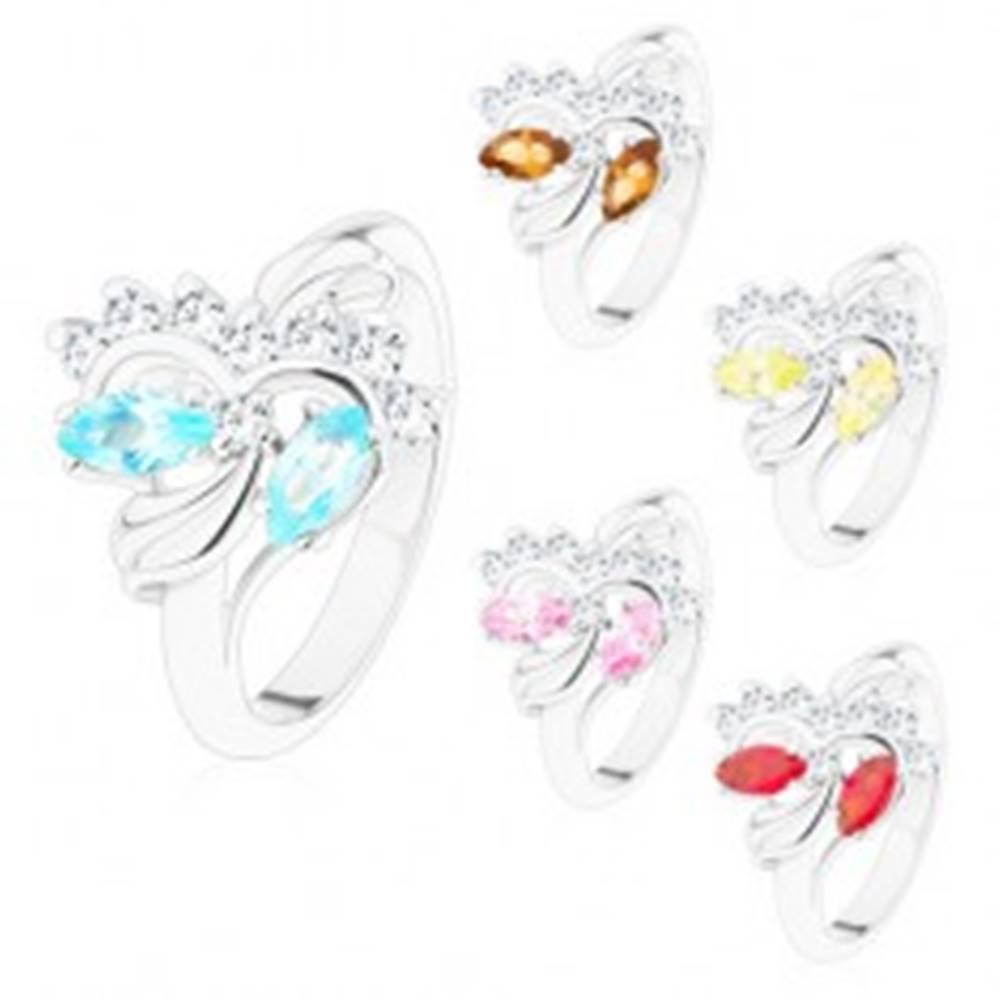 Šperky eshop Prsteň striebornej farby, brúsené farebné zrnká a okrúhle číre zirkóniky - Veľkosť: 48 mm, Farba: Ružová