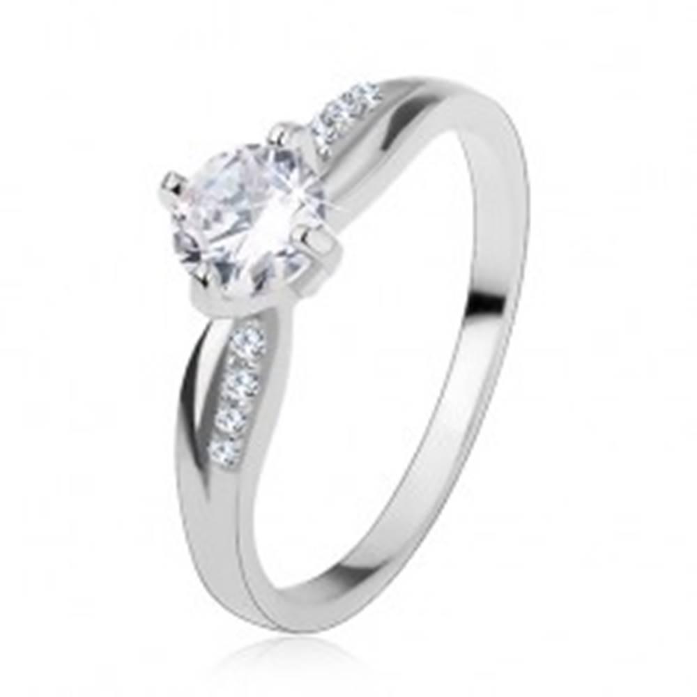 Šperky eshop Zásnubný prsteň, striebro 925, hladká a zirkónová línia, ligotavý číry zirkón - Veľkosť: 48 mm