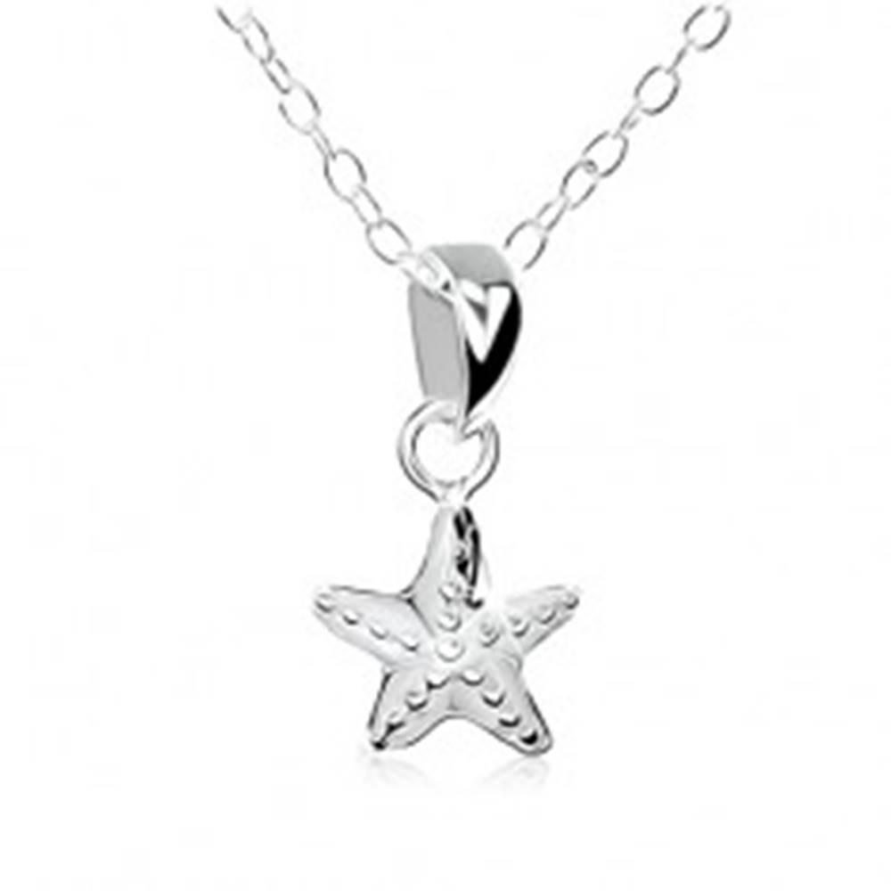 Šperky eshop Náhrdelník zo striebra 925, hviezda s ozdobnými gravírovanými guličkami