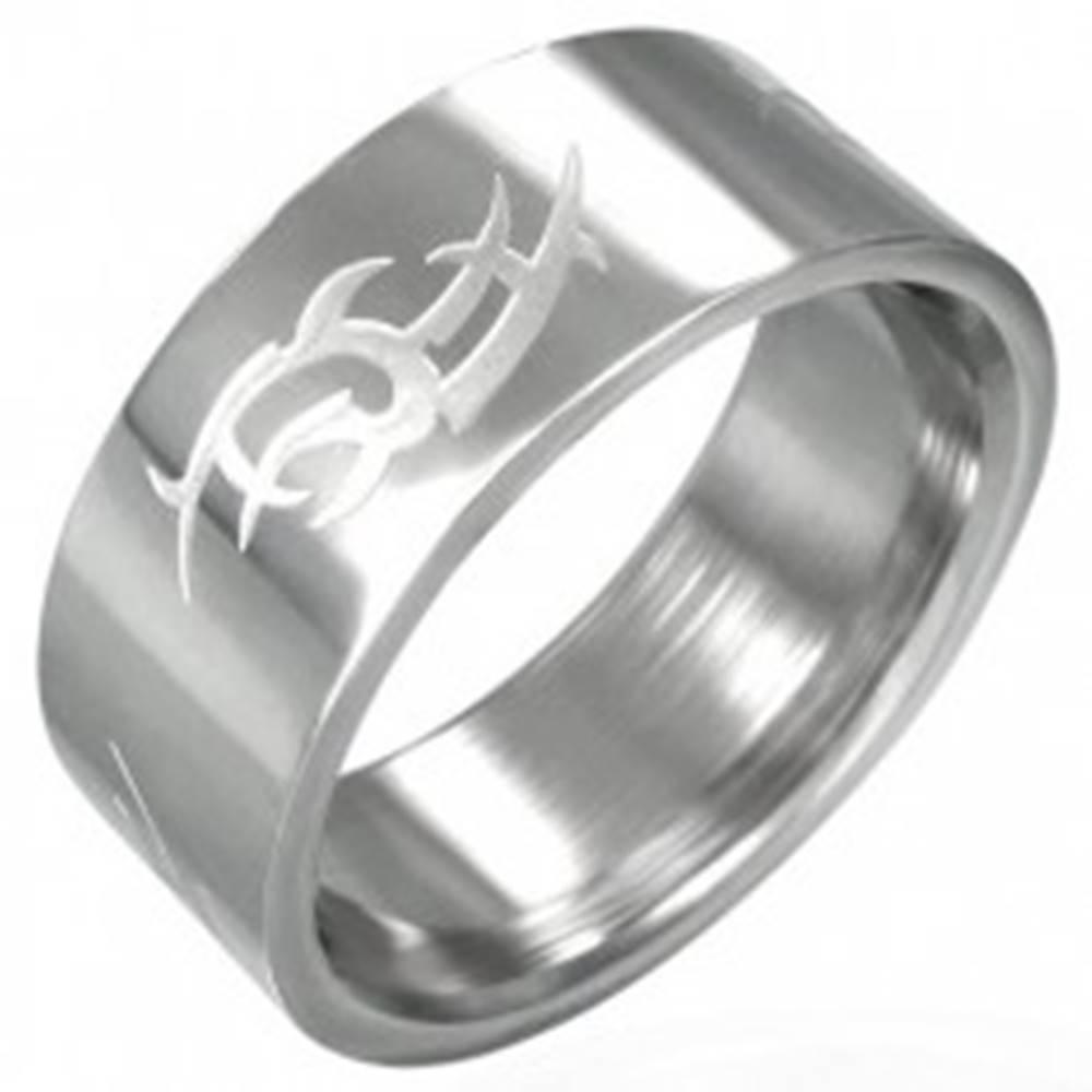 Šperky eshop Oceľový prsteň lesklý, matný Tribal symbol - Veľkosť: 53 mm
