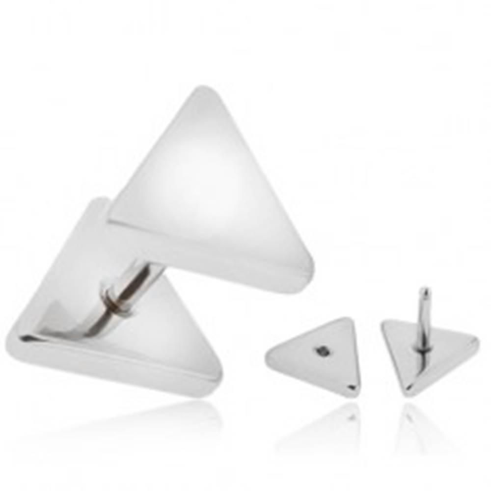 Šperky eshop Fake plug do ucha z chirurgickej ocele, strieborná farba, trojuholníky