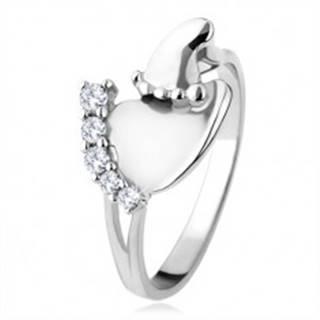 Strieborný prsteň 925, väčšie a menšie chodidlo, číre ligotavé kamienky - Veľkosť: 49 mm