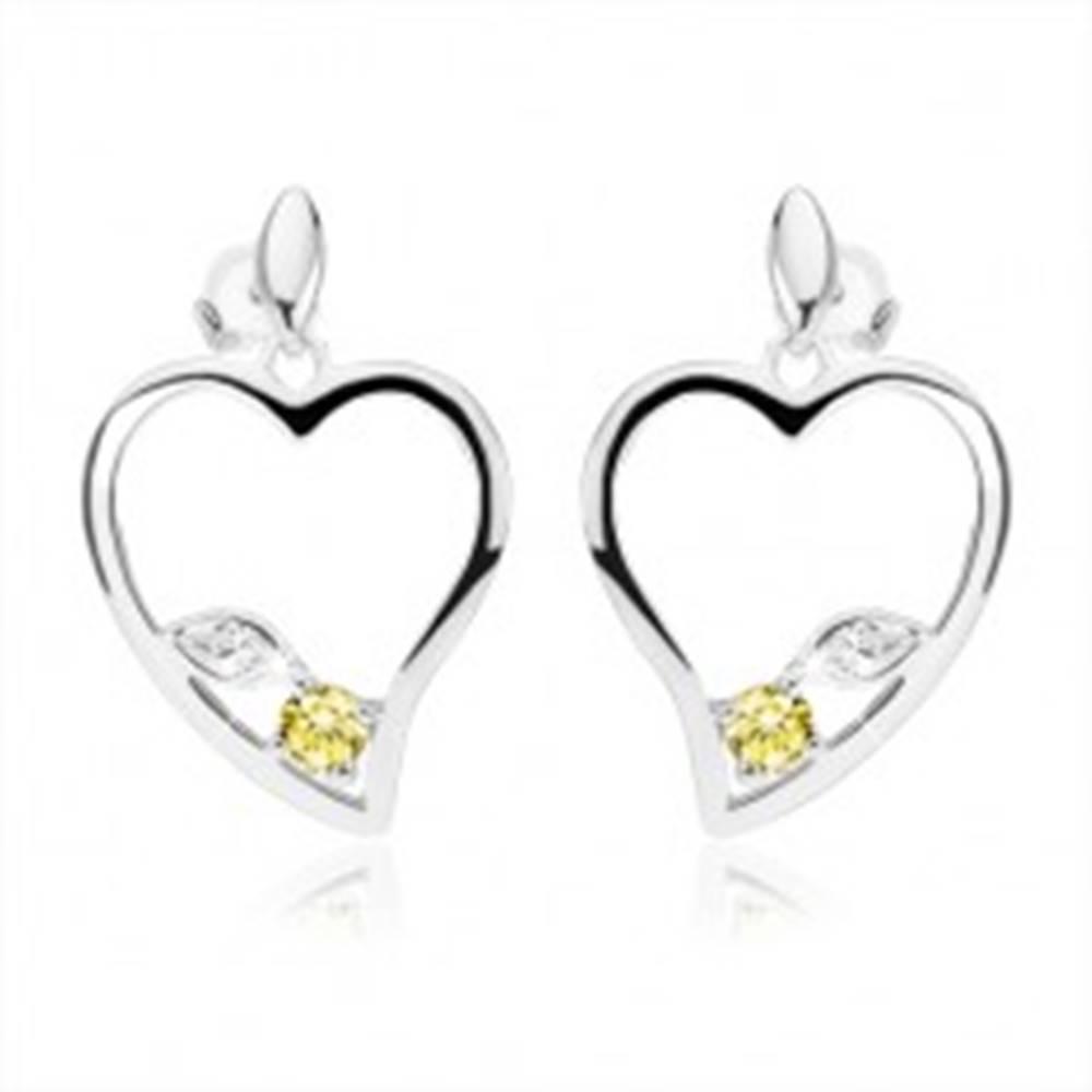 Šperky eshop Strieborné náušnice 925, obrys asymetrického srdca, číry a zelený zirkón