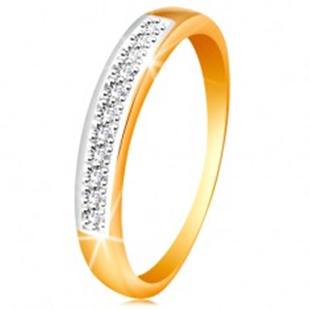 Šperky eshop Zlatý 14K prsteň - ligotavý pás z čírych zirkónov s lemom z bieleho zlata - Veľkosť: 48 mm