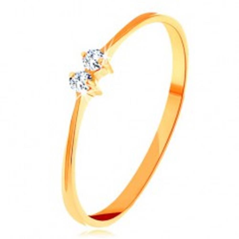 Šperky eshop Briliantový zlatý prsteň 585 - tenké lesklé ramená, dva žiarivé číre diamanty - Veľkosť: 50 mm
