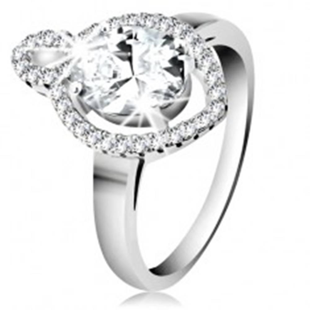 Šperky eshop Prsteň zo striebra 925, oválny číry zirkón s ligotavým lemom, malý obrys zrnka - Veľkosť: 50 mm