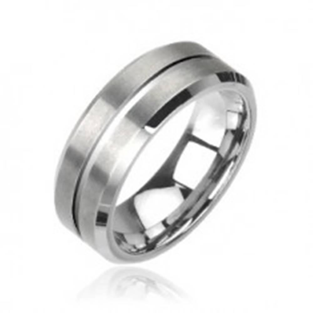 Šperky eshop Wolfrámový prsteň v striebornej farbe, brúsený - Veľkosť: 49 mm