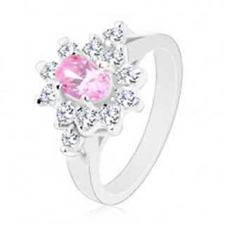 Prsteň v striebornej farbe, brúsený ovál v ružovom odtieni s čírym lemom - Veľkosť: 48 mm