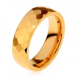 Volfrámový prsteň zlatej farby, vybrúsené lesklé šesťhrany, 8 mm - Veľkosť: 51 mm