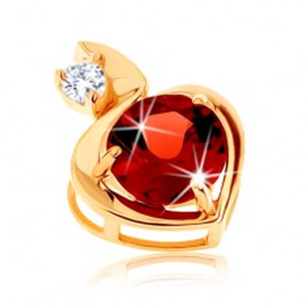 Šperky eshop Prívesok zo žltého 9K zlata - obrys srdca s granátom červenej farby, číry zirkón