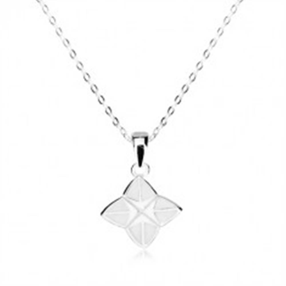 Šperky eshop Strieborný náhrdelník 925 - štvorcípa hviezda zdobená bielou glazúrou, lesklá retiazka