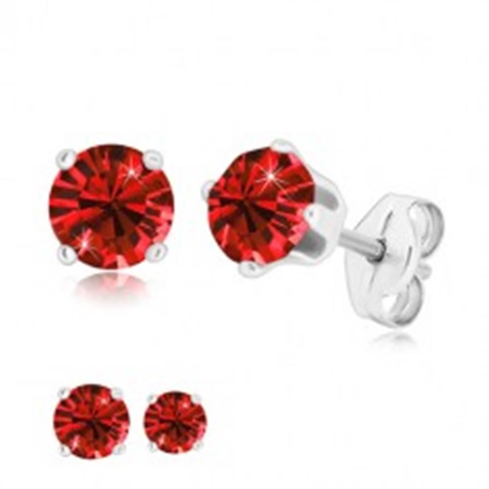 Šperky eshop Strieborné 925 náušnice - ligotavý zirkón sýtočervenej farby v kotlíku, puzetky - Veľkosť zirkónu: 4 mm