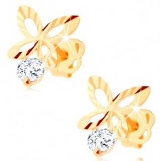 Zlaté náušnice 585 - ligotavý motýlik s ryhami a výrezmi na krídlach, zirkón